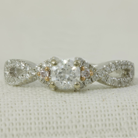 Diamond Solitaire with Twist band