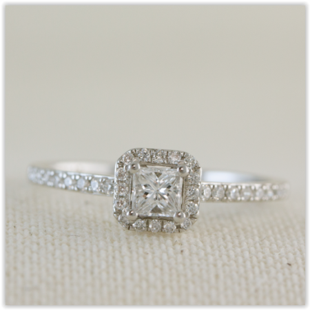 Square shaped diamond halo