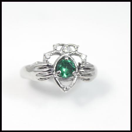 emeraldcladaghring2
