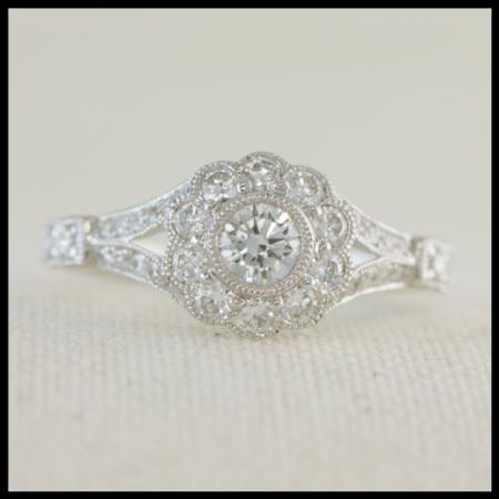 flower shape engagement ring