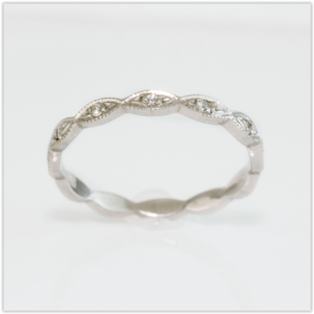 Diamond Set Antique Style Wedding Ring