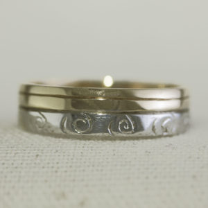 Celtic Spiral two tone ring