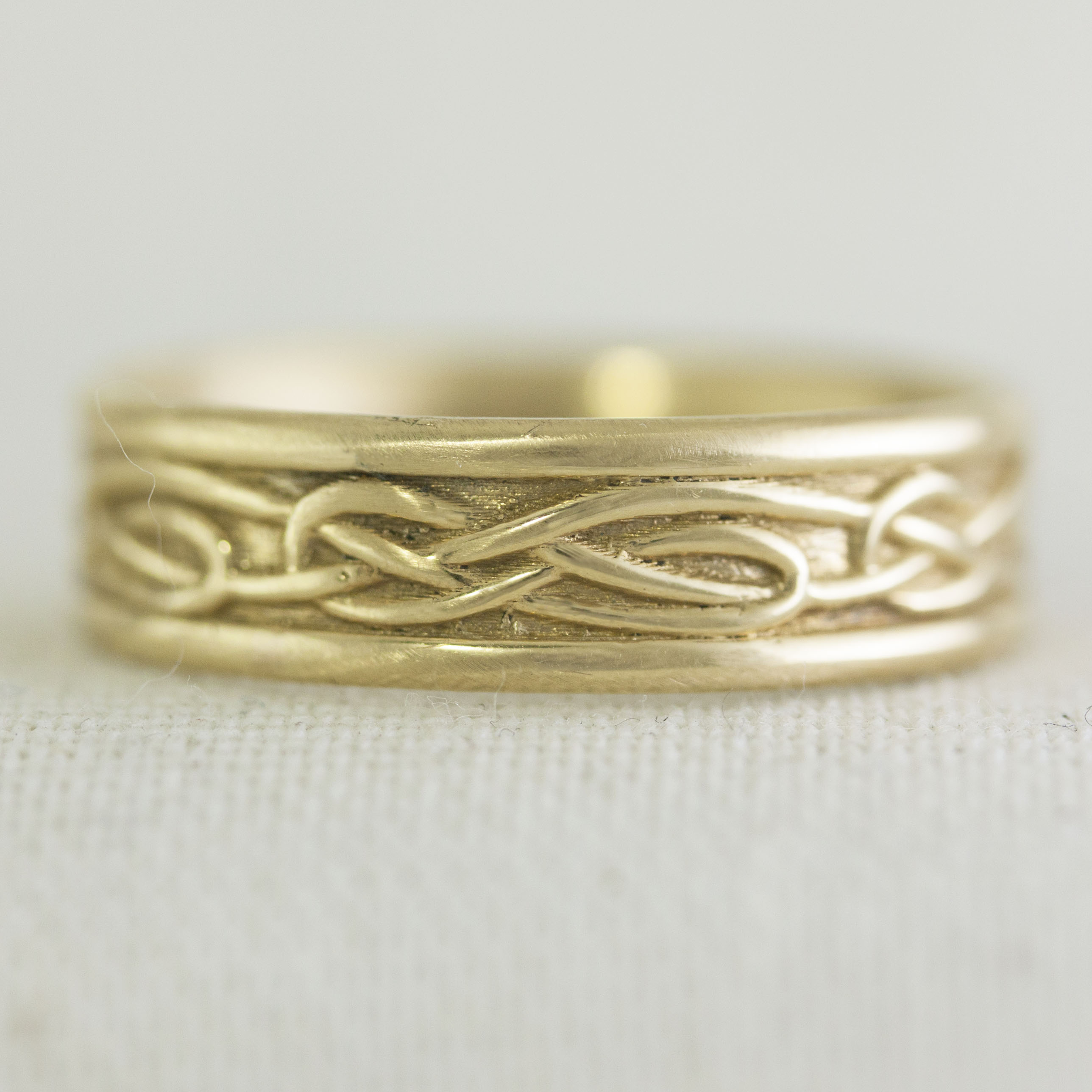 in products gold rings eternity la by ring knot solid mens yellow more wedding celtic wide band design