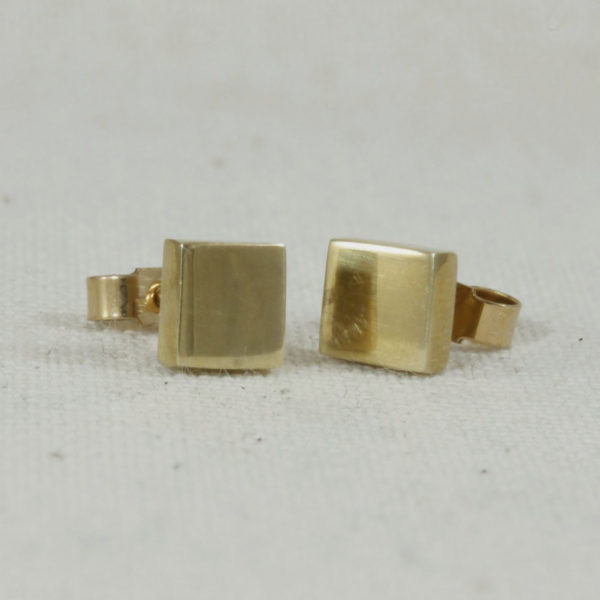 9ct gold square studs
