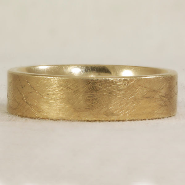 6mm Flat band with scratch effect finish