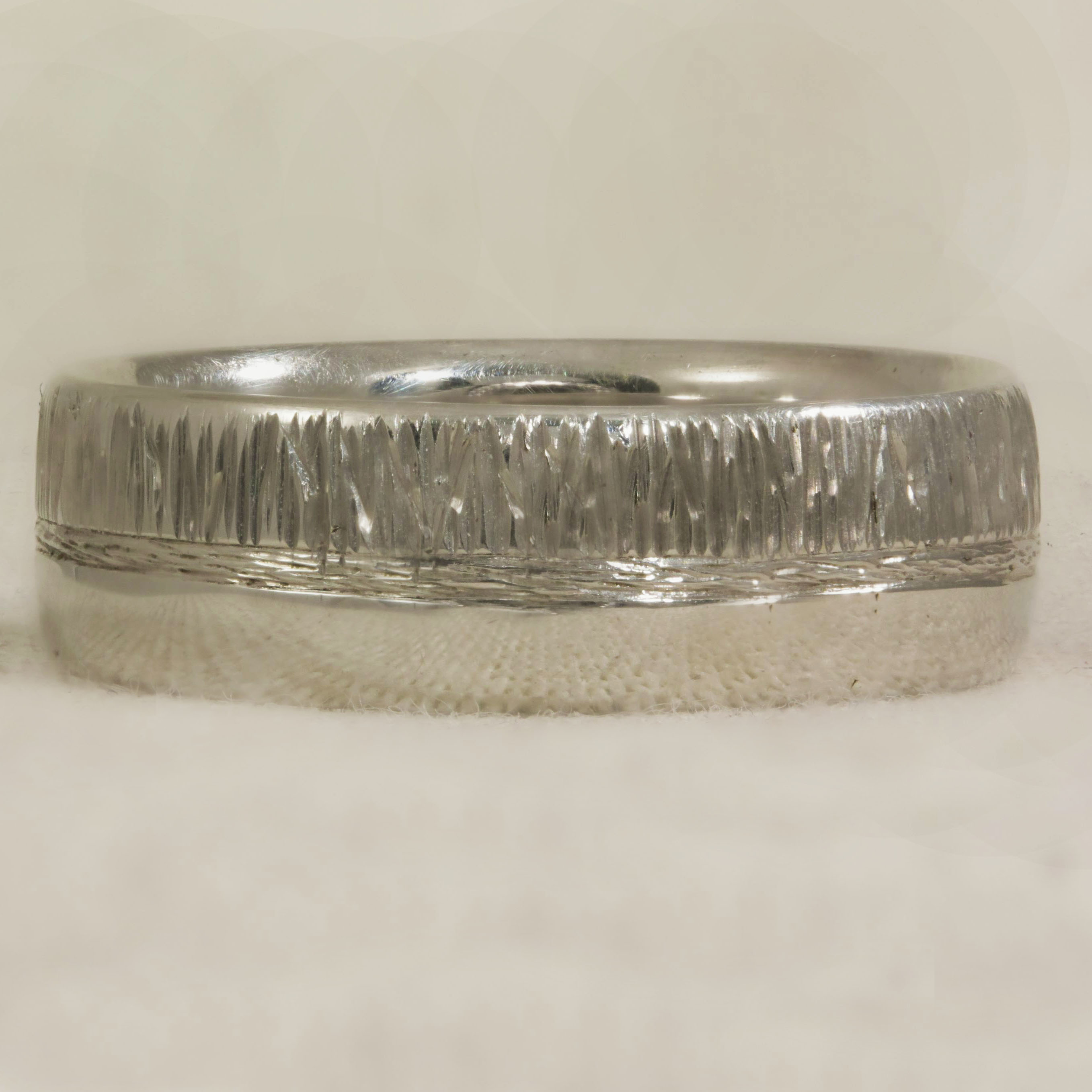 Half Bark effect half polish wedding ring