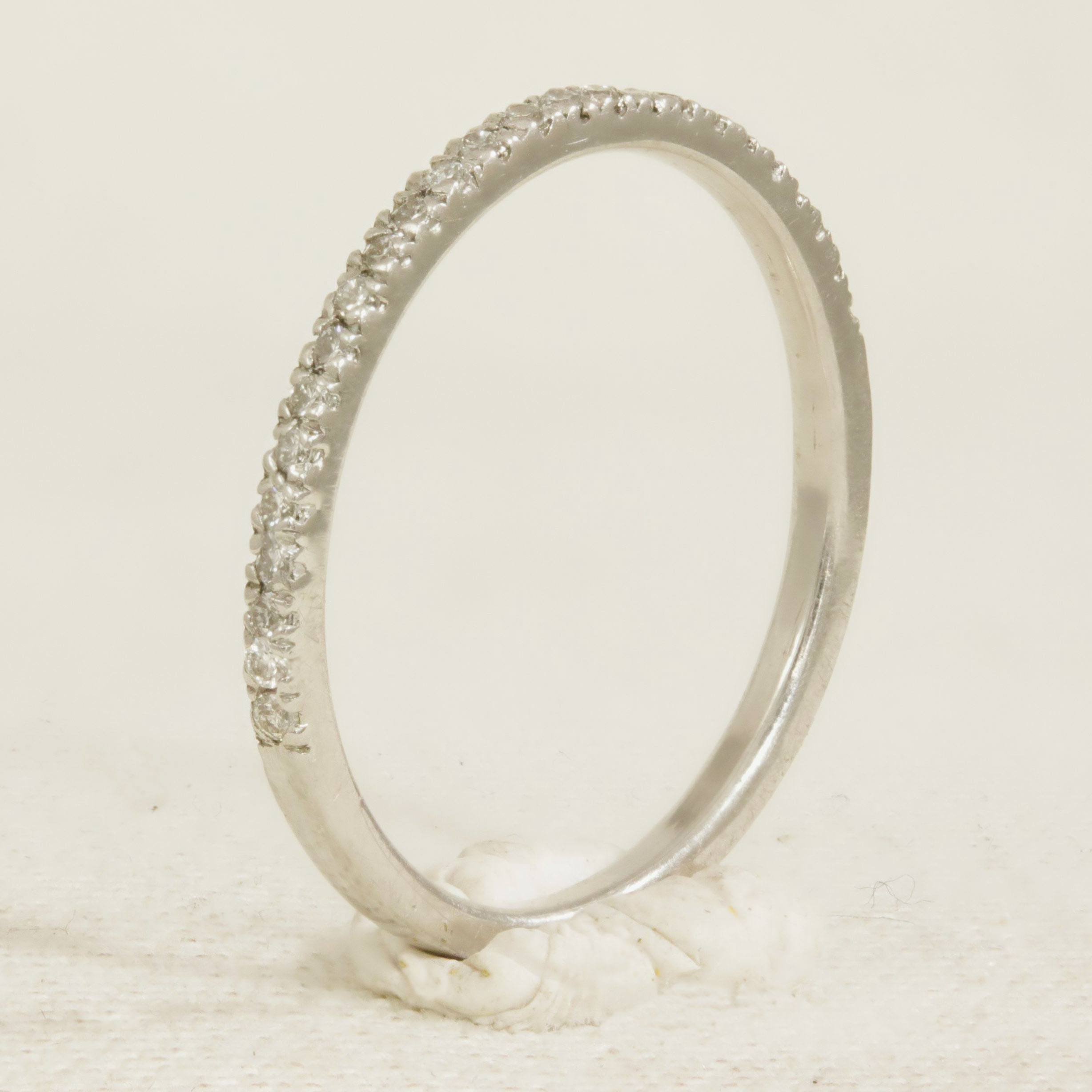 Half set 18k white gold straight ring